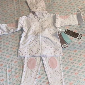 Aden and Anais sweat suit